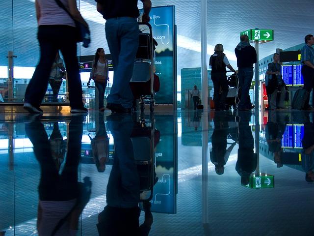airport-1543008_640.jpg