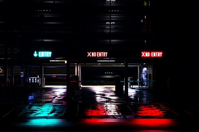 car-park-960796_640.jpg